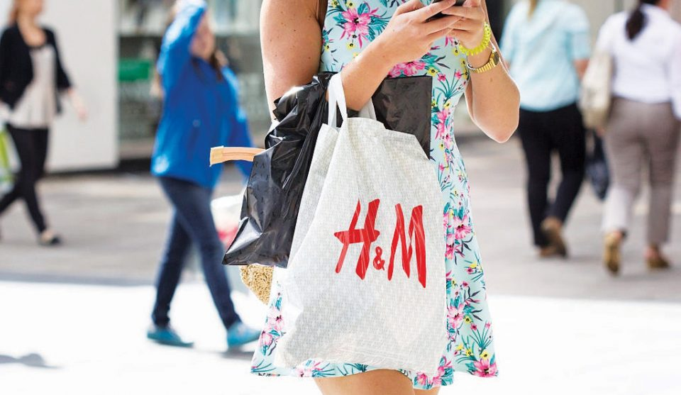 H&M Looks at Online Growth in 2020